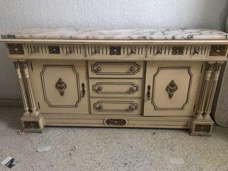 Mueble recibidor con piedra de mármol
