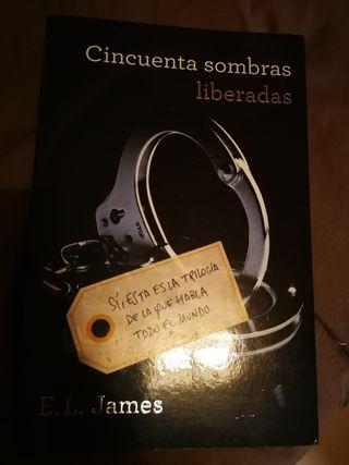 """Libro """"50 sombras liberadas"""""""