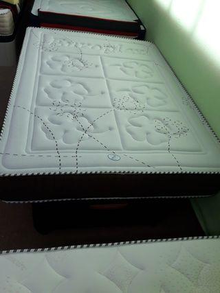 canape Abatible de madera+colchón con 5cm viscogel