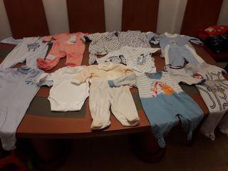 lote bebe pijamas y body manga larga de 0 a 3 mese