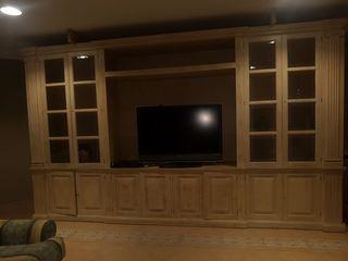 Mueble grande de madera