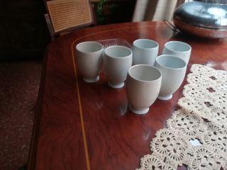 vasos, tazas de té, café con leche