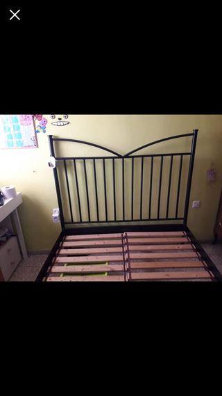 Estructura cama de forja