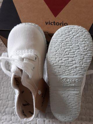 Zapatillas Victoria blancas NUEVAS