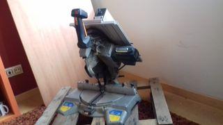 Maquina de Corte Carpinteria. Virutex.