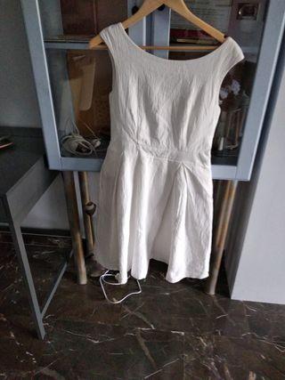 vestido blanco años 60 superfavorecedor