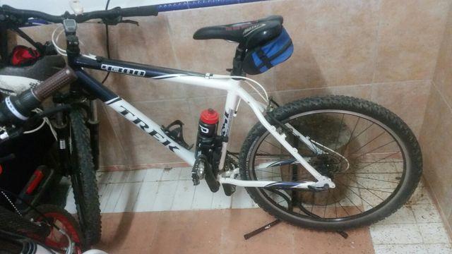 se vende bicicleta trek (americana)