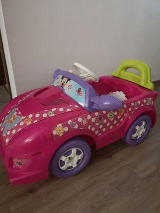 coche de minnie