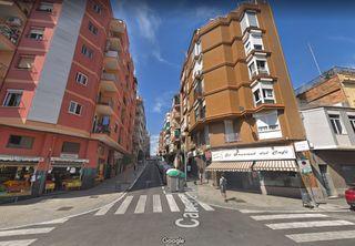 vendo excelente piso en Rambla catalana