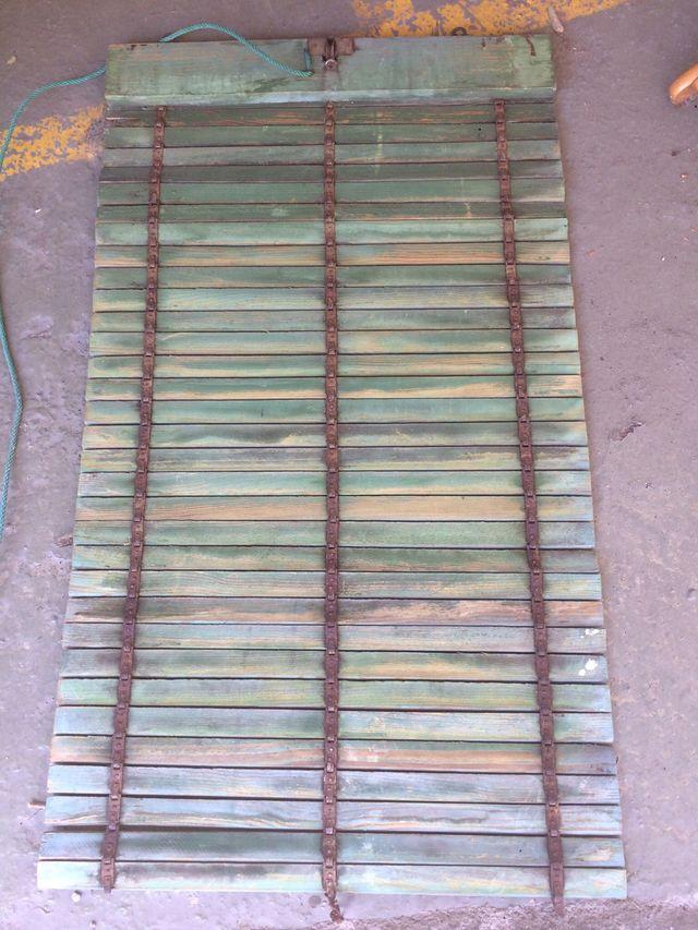 Persiana antigua de madera de segunda mano por 6 en - Garajes de madera de segunda mano ...