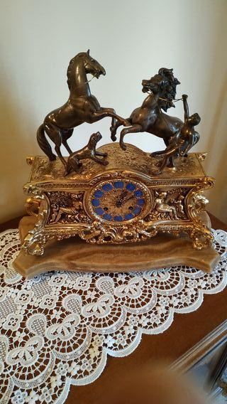 Reloj Carrillon de mesa vintage
