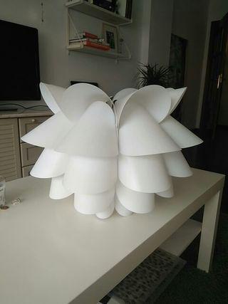 Tulipa lámpara IKEa