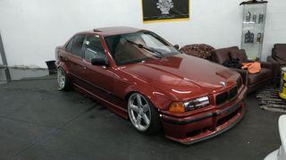 BMW 320i UNICO E36