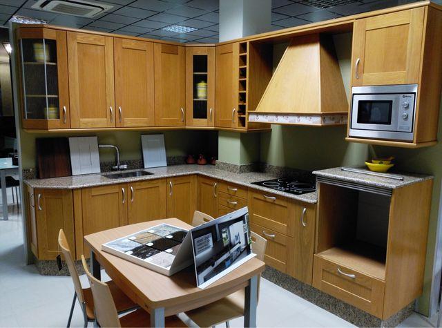 OFERTA Muebles de cocina y encimera! de segunda mano por 1.000 € en ...