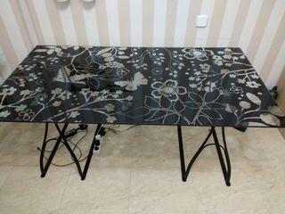 Mesa - Escritorio + regalo silla