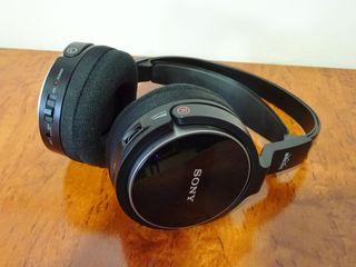 Auriculares inalambricos Sony diadema cerrados