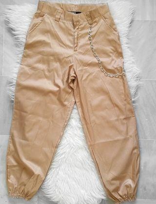 pantalon cargo bershka camel