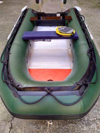 Barca neumatica 3.30m.
