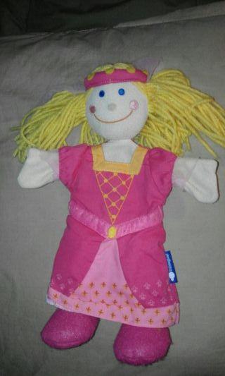 Muñeca titella
