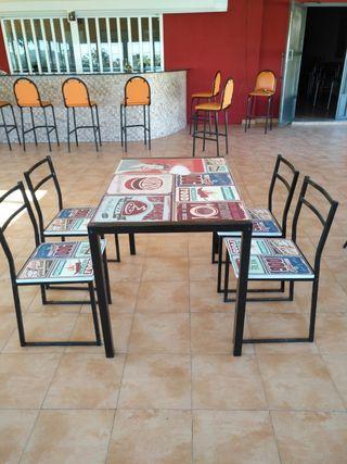 vendo mesas y sillas