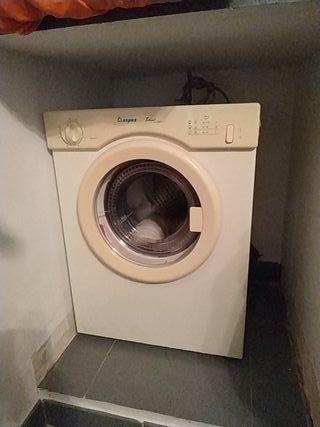 Secadora pequeña nueva