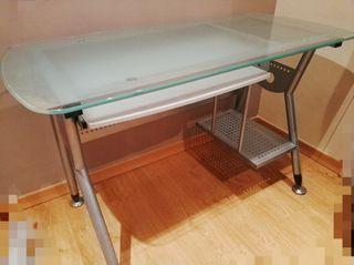Mesa de escritorio, ordenador u oficina