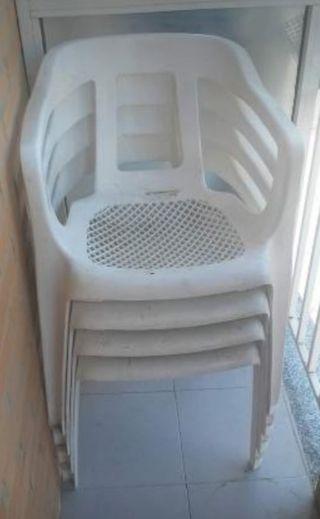 sillas de plástico por silla