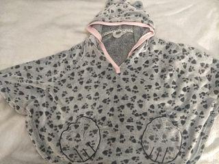 pijama oso con capucha