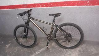 Bicicleta MTB Bpro muy buen estado