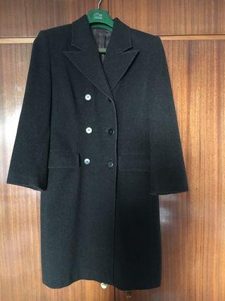 Abrigo gris marengo de mujer. Talla 40
