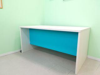 Mesa de madera para oficina\despacho