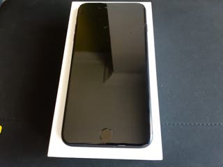 IPhone 7 Plus. Color negro mate. 32GB