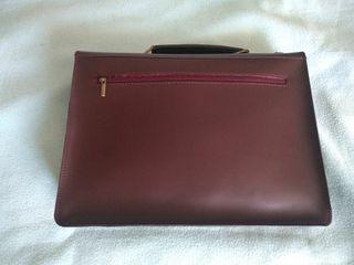 Cartera-maletín de mano