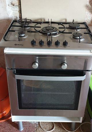 horno y encinera Balay