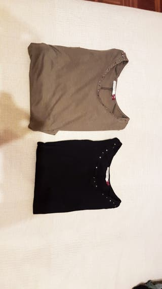 Pack de dos camisetas.Talla S