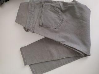 Pantalon talla M premama Mango