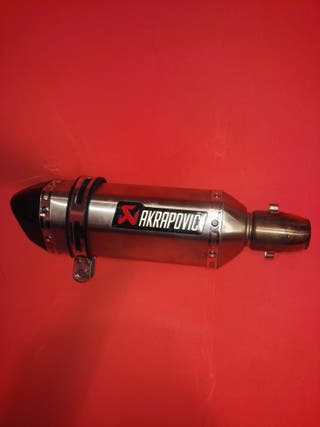 tubo de escape akrapovic