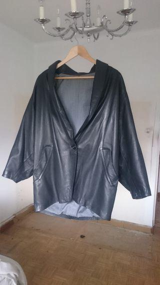 se vende chaqueta cuero mujer