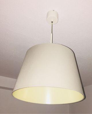 Lámpara de techo Gris, incluye bombilla.