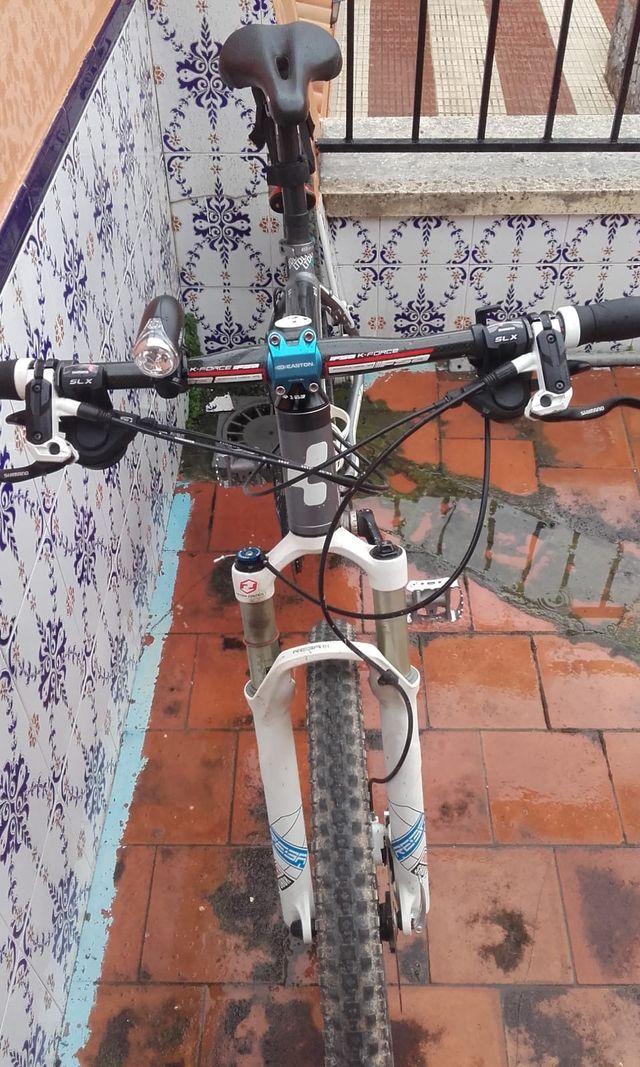 "Bicicleta Cube LTD M 26"""