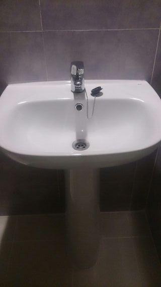 grifos de baño,lavabo y vidé