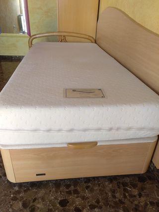 colchón y canapé abatible