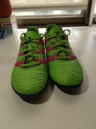 Zapatillas fútbol multitaco