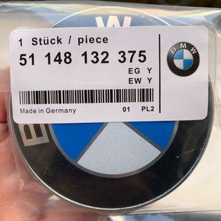 Insignia BMW para el capó de 82mm nueva