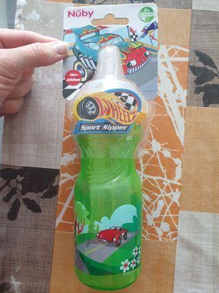 Botellín agua para niñ@s Nûby