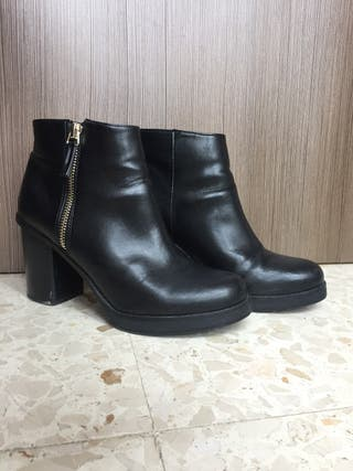 Botines negros Pull and Bear