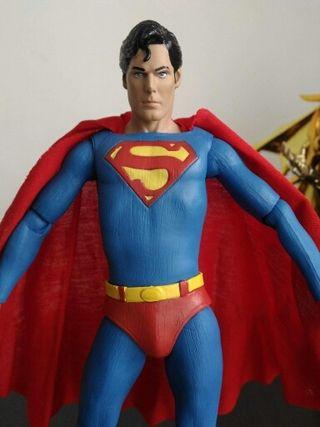 Superman clásico neca