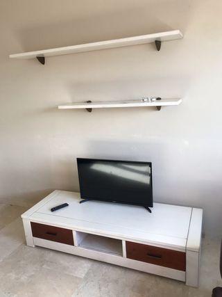 Mueble TV madera con baldas