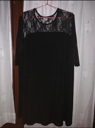 3 vestidos por 15 euros en total.