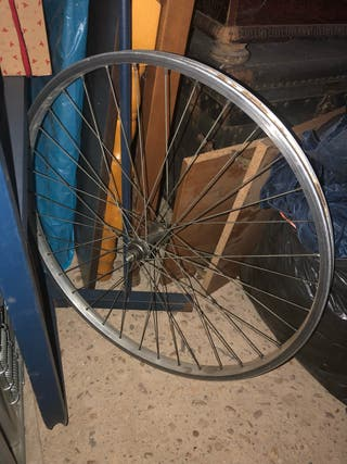 Se venden llantas de bici